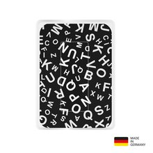 PocketCleaner® mit Designmotiv Black and White Buchstaben